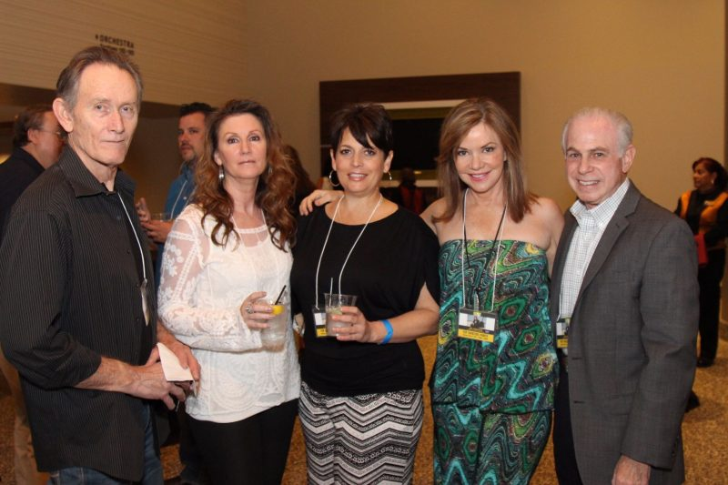 Committee member Amanda Smith with husband Gordon, Shawn, actress and singer Bobbie Eakes, Mitch Blumberg